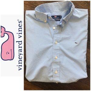 Vineyard Vines worn once long sleeve shirt XL